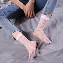 Huayi factory cheap price custom cute fish net sport girl crew socks with black white pink blue yellow colors