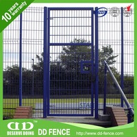 easy assembly Professional welded powder painting mesh fence rolltop