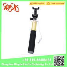 New Arrival Extendable camera tripod wireless bluetooth monopod handheld selfie stick with bluetooth shutter button