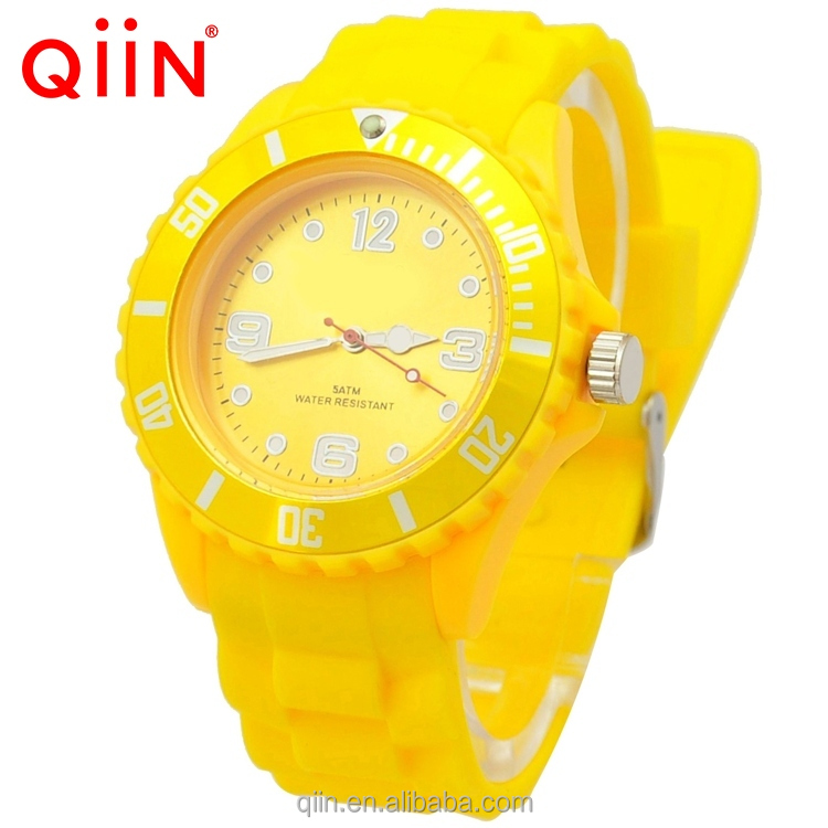 QQ209 New 2016 Products Quartz Watch Men Watches Men Man Watch