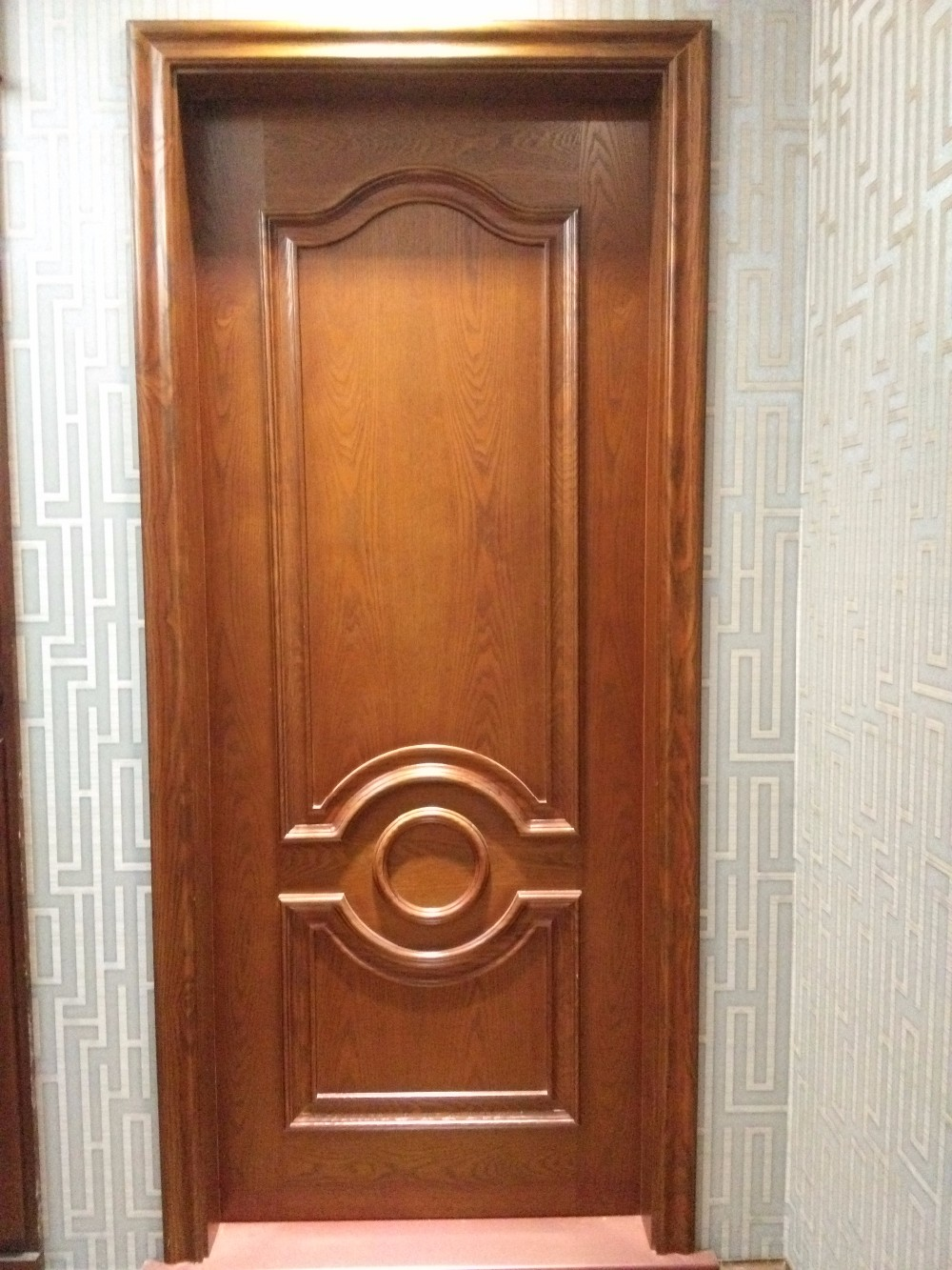 Discount factory new design interior wooden doors buy for Latest wooden door designs 2016