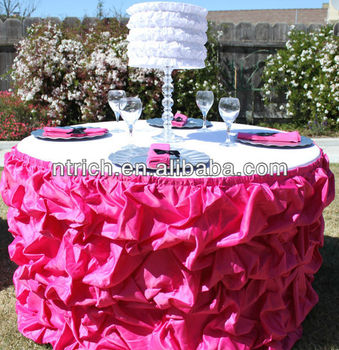 Luxurious Satin Table Skirting Designs For Wedding