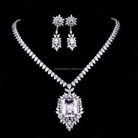 Fine Jewellery 2015 Newest Copper Zircon Platinum Gold Necklace