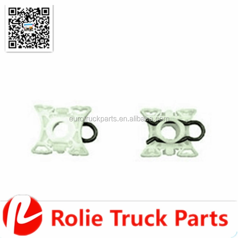 European truck auto spare parts oem 1346119 plastic slider window regulator clip for SC