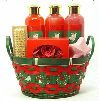 OEM Bamboo Basket Bath Gift Set