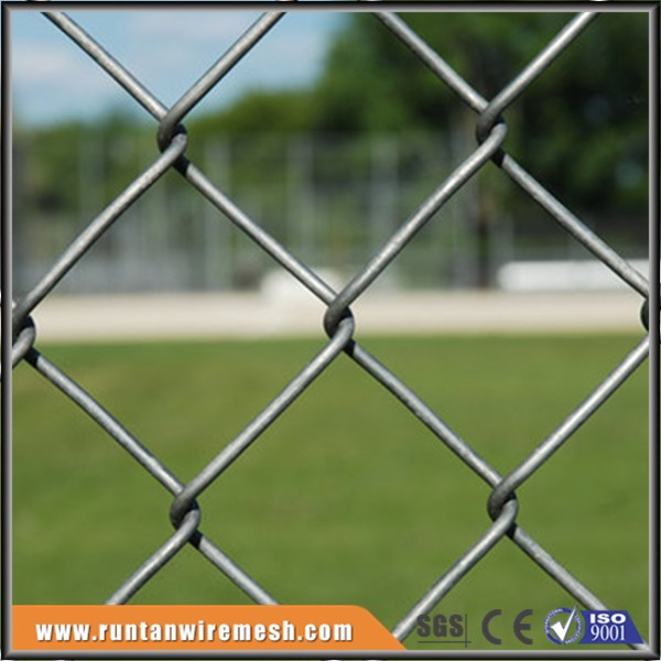 trade assurance high quality galvanized cyclone wire mesh fence for sale
