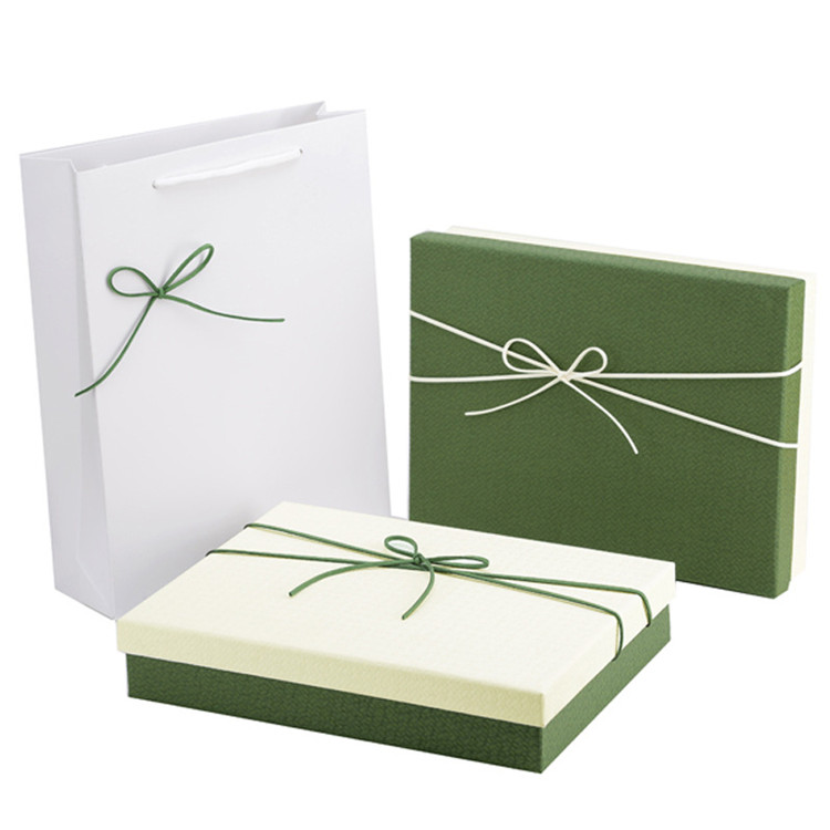 Wholesale hot stamping printed christmas empty paper packaging gift box