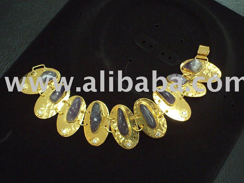 High End Fashion Jewelries