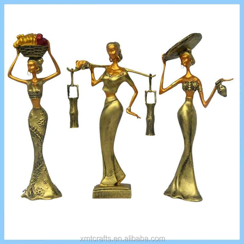 Resin Creative Beauty Pick Water Statues, Resin Imitation Metal Head of Fruit Home Decorations