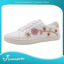 Comfortable and fashion ladies white shoes lace up with studded embellished casual sneakers