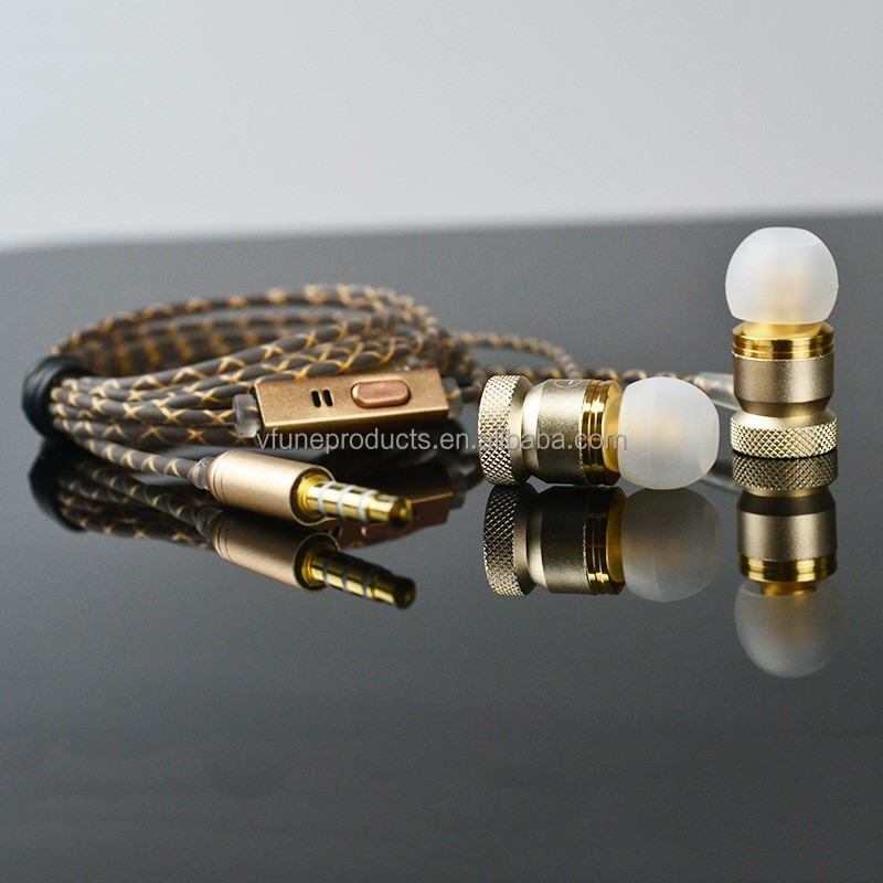 Wholesale OEM Quality Dynamic Gold Mobile Earphone Stereo Metal Earphone with Mic for Mobile Phones