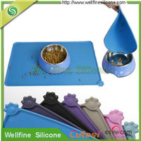 2016 new design prevent fall silicone dog food mat
