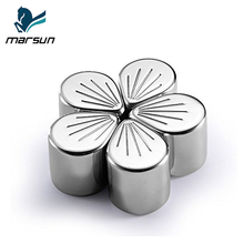 Creative Reusable Stainless Steel Ice Tubes New Oriental Cherry Shape Whiskey Chilling Rocks whisky stone set