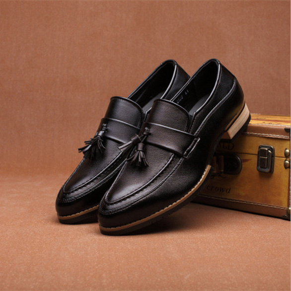 M1205 Factory outlet man shoes fashion casual tassel men leather shoes