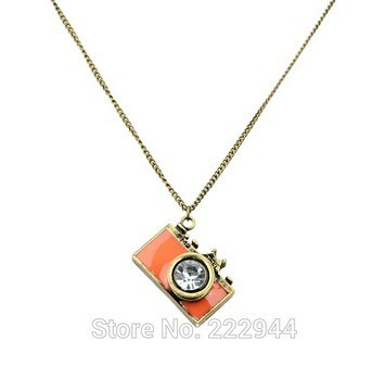 Niceshow Vintage Jewelry maxi necklace Anitque Gold Long Chain Colorful Enamel Camera Pendant Necklace Top Selling collier femme