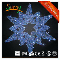 Snowflake Light Outdoor Commercial Christmas Light 8Ft H Warm White LED Snowflake Cluster Pole Decoration Light