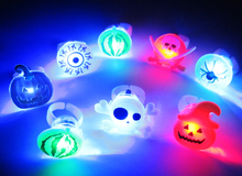 YIWU caddy HP-01 light up halloween party led light finger ring