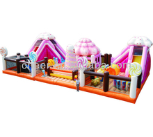 Cheer Amusement Candy Themed Giant Inflatable Playground for Children