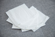 Economical Table White Tissue Paper Napkins,Cheap Dinner Napkin For Hotels, Restaurants, Cafes