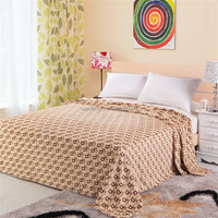 Super soft 100% polyester checker printed coral fleece blanket