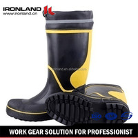 Steel toe and sole for protection Waterproof fancy rubber boots