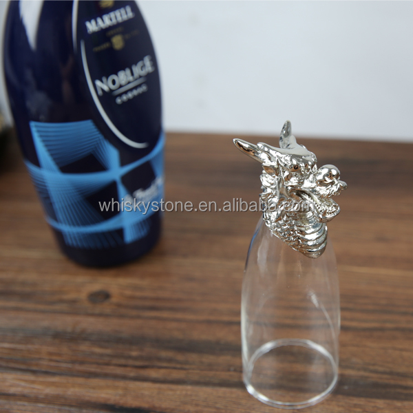 smart custom wine glass with metal dragon stem