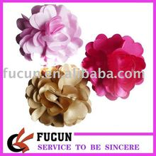 latest fashional handmade fabric brooch flower