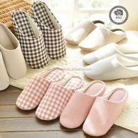 Top quality custom house slippers, guest slippers set