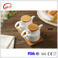 hign quality ceramic cruet with bamboo tray