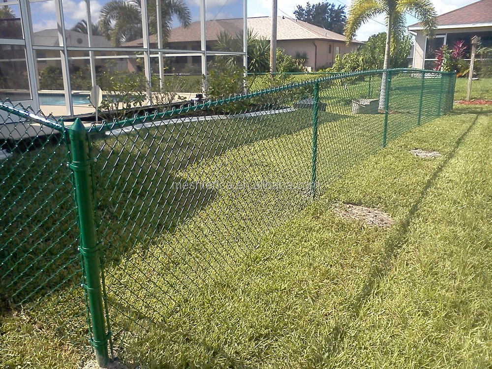 Privacy slats for chain link fence foot plastic coated