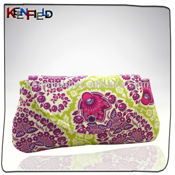 2014 Fashion design flower pattern quilted cosmetic bag (CS-302479)
