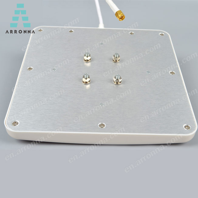 2400-2700MHz outdoor long range factory price wifi chip patch antenna