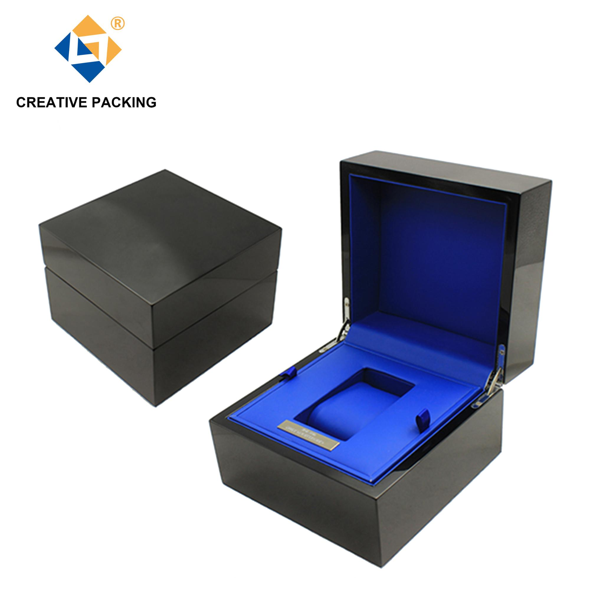 High Quality Piano Lacquered Wooden Black Watch Box With Single Watch Packaging