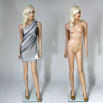 full body of a naked girl
