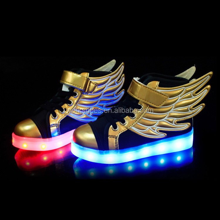 Black And Glod Flat Comfortable Kids Led Shoes With Wings