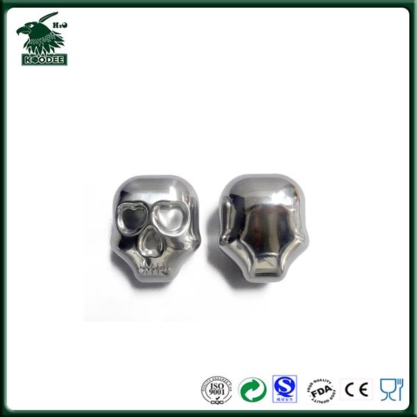 Large Silver Skull Head Stainless Steel Whiskey Stones Ice Cube Wine Chiller Gift with Storage Pouch package