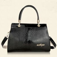 Guangzhou bag factory wholesale new design snake grained PU leather cheap female handbag