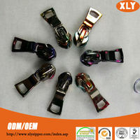 Factory directly sale zipper slider,zipper runner,zip pullers in wholesale cheap prices