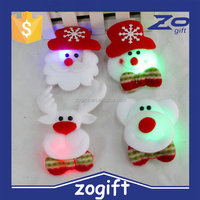 ZOGIFT new product flashing christmas led brooch made in china