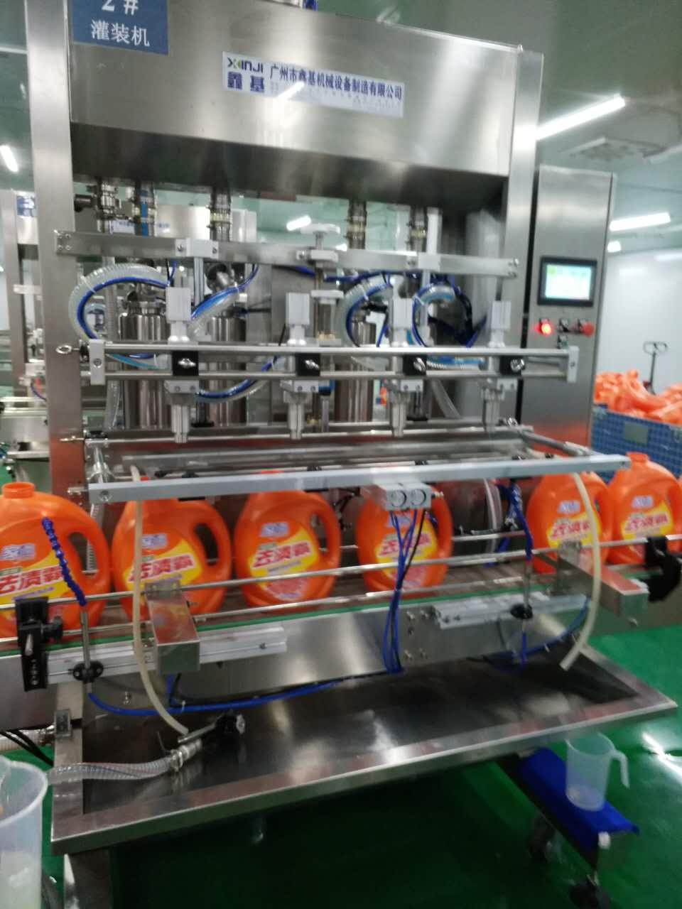 Full Automatic paste piston type filling machine for liquid soap,liquid detergent Oversea service available