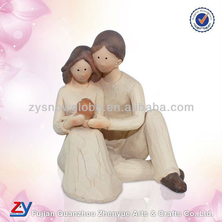 Polyresin sample of wedding souvenirs