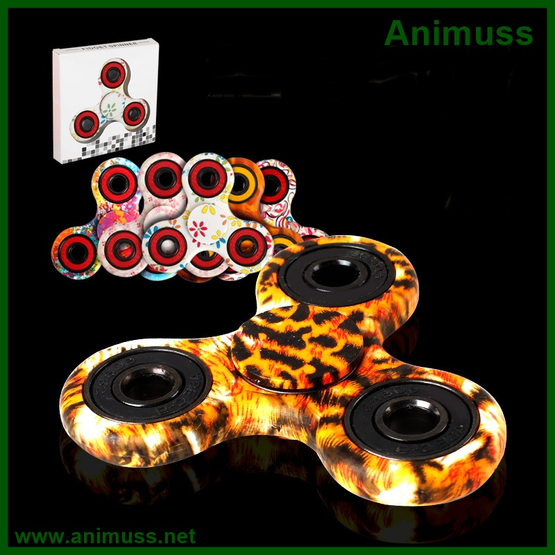 Factory Stock <strong>delivery</strong> quickly ABS EDC metal Hand Fidget Tri finger Spinner toy for anti stress