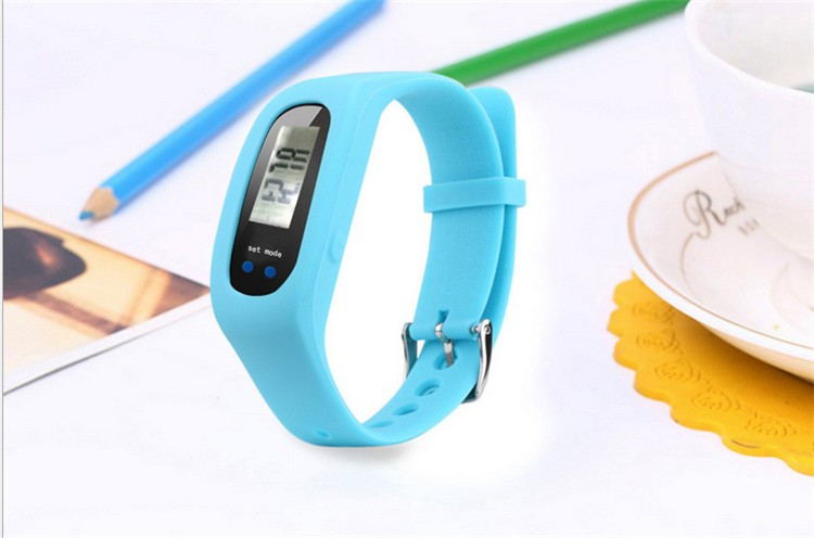 wholesale promotion gifts sport step calorie counter fitness tracker 3D sensor 729 pedometer
