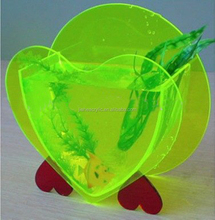 Beautiful hearted shape acrylic used fish tanks with stand on desktop for sale