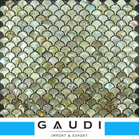 Hot selling 4mm kitchen fish mosaic tile pattern