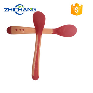 Comfortable Flexible color changing plastic silicone baby spoon