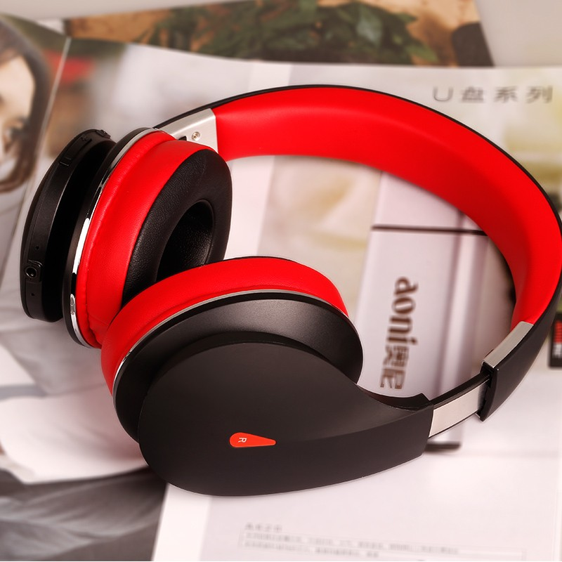 2016 newest on-ear bluetooth free sample headphones for mobile phone