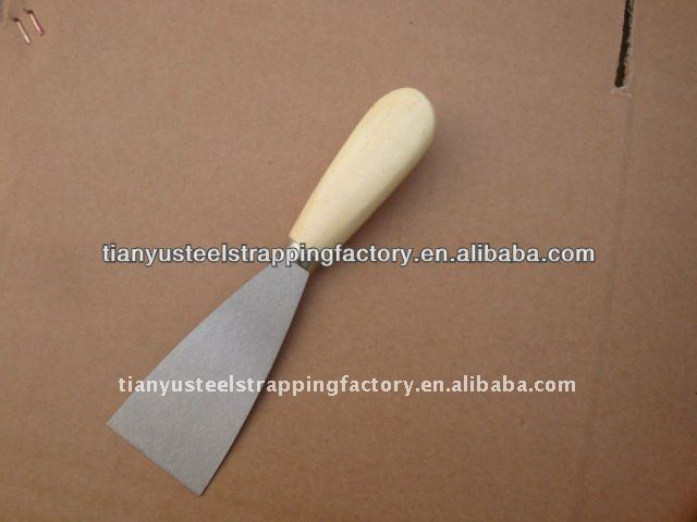 WOOD HANDLE CARBON STEEL PUTTY KNIFE40MM