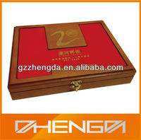 High quality customized made-in-china Red wooden lock box for VIP (ZD13-201-0)