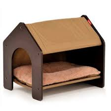 FSC and SA8000 wooden cat house